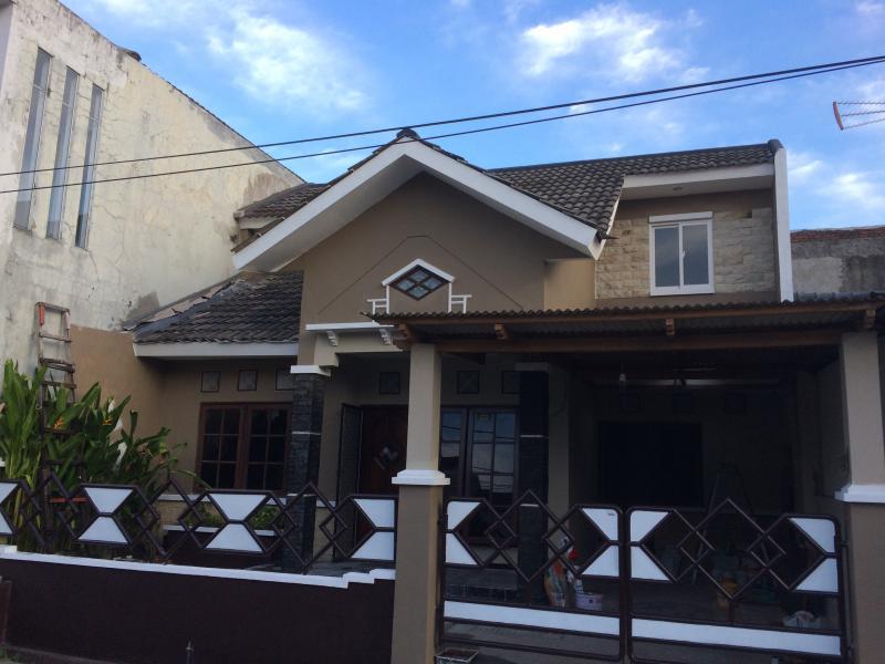 Sewa Rumah Puri Lidah Kulon Surabaya kota sebelah Citraland TERMURAH