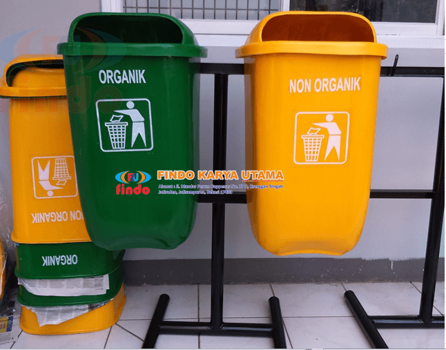 Tong Sampah Outdor Dua Warna