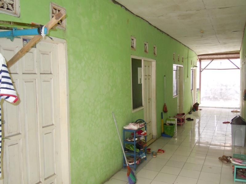 Rumah kost 34 unit (full terisi)