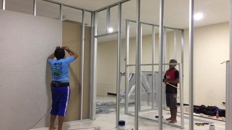 specialis pemasangan baja ringan dan plafon, partisi, canovi