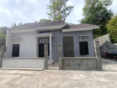 ??? ????????? Of ?????? Rumah Minimalis segera siap huni dilingkungan pedesaan yang asri ,nyaman dan bebas banjir
